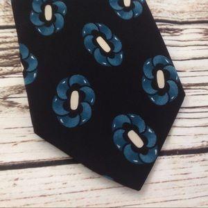 3/$10🛍 Vintage Robert Stewart Silk Blue Neck Tie